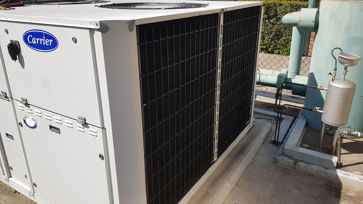 120 kW Carrier Chiller Gold Coast  – Unable to Operate in High Ambient Conditions.